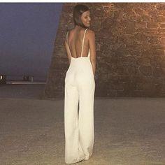 Si hace unos días os mostraba el frontal de este espectacular #mono de @kaoashop , ahora era el turno de la preciosa parte de atrás. Muy 🔝🔝🔝 #invitada #invitadasperfectas #invitadaperfecta #invitadas #invitadasconestilo #invitadasboda #invitadaboda #weddingguest #guest #wedding #moda #style #fashion #jumpsuit #lookboda #lookinvitada #instacool #instafashion #boda #bodas