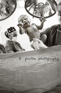 Baby pictures newborn hospital nursing ideas for 2019 Baby Hospital Pictures, Birth Pictures, Birth Photos, Newborn Pictures, Baby Photos, Delivery Pictures, Delivery Room, Baby Delivery, Hospital Birth