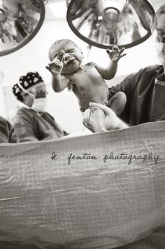 Love that c-sections were represented in the 2011 International Birth Photograph of the Year Contest! It really doesn't matter how they get here- promise! :)