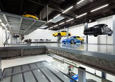 A Stunning Garage: Speedshop Type One by Torafu Architects : Speedshop Type One is an auto repair shop that was recently given a makeover by Torafu Architects. Mechanic Shop, Mechanic Garage, Car Garage, Motorcycle Garage, Garage House, Auto Body Repair Shops, Car Repair, Car Workshop, Workshop Ideas