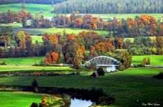 Snoqualmie valley and Carnation Bridge. The Snoqualmie Valley is a farming and timber-producing region located along the Snoqualmie River in Western Washington