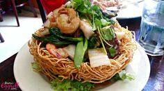 Cambodian food recipe dishes, seafood bird's nest noodle