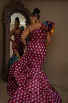 A Stunning Bride In A Ri.Ch Factory Dress Best African Dresses, Latest African Fashion Dresses, African Print Fashion, African Attire, African Traditional Wedding Dress, African Wedding Dress, African Weddings, Shweshwe Dresses, African Fashion Designers
