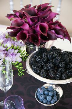 Inexpensive Wedding Flower Tips, Budget Friendly Flower Arrangement Ideas, Grymes Cannon    Colin Cowie Weddings