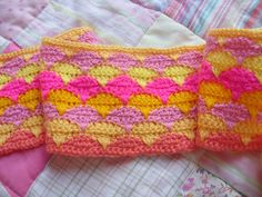 1239_420561101375172_471106316_n.jpg (960×720) boodlepips blanket              love the colours.