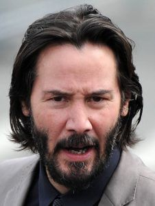 Keanu Reeves is a Celeb who has started to show signs of significant hair loss, over the years, his hair has taken a battering.