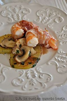 Mari e monti Fish Recipes, Gourmet Recipes, Cooking Recipes, Fish Dishes, Seafood Dishes, Finger Food Appetizers, Antipasto, Food Presentation, My Favorite Food