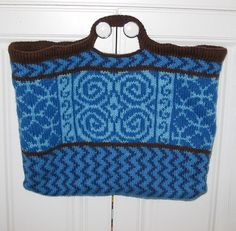 Free knitting pattern for Celtic Wanna Be Tote by Lisabee Designs