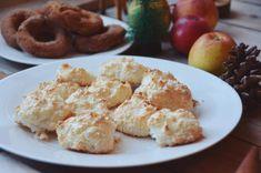Kokosmakroner er en av mine 7 sorter til julen ♡ Dette trenger du: 4 egge. Christmas And New Year, All Things Christmas, Lchf, Potato Salad, Food Ideas, Meat, Ethnic Recipes