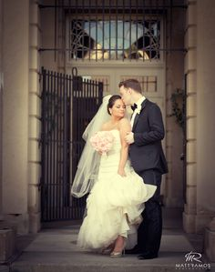 Glamour wedding shot is a must!