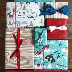 Last year my kid's wrap and gift tags were all about woodland animals and this year we are loving the Polar and Arctic bunch! You can download your free set of gift tags and gift labels that we shared last week right here. For this set of printable gift wrap, I used an 11×17 paper... Read more.