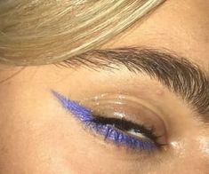 10 Pretty Eyeshadow Looks for Day and Evening Edgy Makeup, Eye Makeup Art, Cute Makeup, Makeup Goals, Pretty Makeup, Skin Makeup, Makeup Inspo, Makeup Inspiration, Makeup Ideas