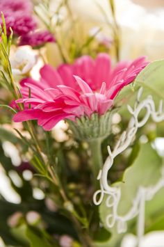 Bouquet of flowers in pink and white photo by geschmackverstaerker.at