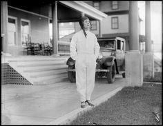 Title: Mrs. Grayson, pilot of Dawn Creator/Contributor: Jones, Leslie, 1886-1967 (photographer) Date created: 1927