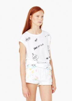 Cotton and modal mix Message printed on the front Rounded neck Short sleeve Message T Shirts, Top Pattern, Printed Tees, Mango, Jeans, T Shirts For Women, Prints, Clothes, Shopping