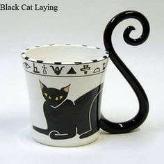 cat mug Omg I need this Best Coffee Mugs, I Love Coffee, Tea Mugs, Coffee Cups, Cat Mug, My Cup Of Tea, Mug Cup, Tea Party, Painted Mugs