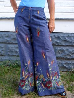 Vintage 1970s Bell Bottom Pants Hip Hugger  2013523 by bycinbyhand, $95.00