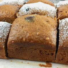If Charlie Brown had a favorite Amish Friendship Bread recipe, this Pumpkin Chocolate Chip Amish Friendship Bread would be it. Pumpkin Bundt Cake, Pumpkin Dessert, Pumpkin Bread, Friendship Bread Recipe, Amish Friendship Bread, Friendship Cake, Amish Bread Recipes, Baking Recipes, Sourdough Recipes