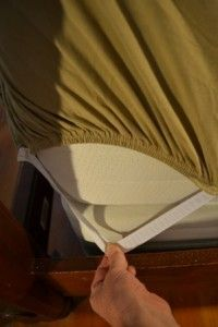 DIY How to fix fitted sheet to stay in place. step by step on how to have fitted sheets stay put on high mattresses.