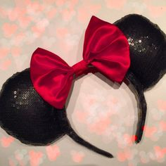 This listing is for one made-to-order gorgeous Full Sequin Mouse Ears headband! This is perfect for anyone with a fun, sparkly side! (like