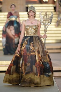 Dolce and Gabbana presents Valley Of Temples: the Alta Moda fashion show in the Temple of Concordia, Agrigento, Sicily, Italy (July Fashion Week, Fashion Art, Runway Fashion, High Fashion, Fashion Show, Fashion Outfits, Fashion Design, Style Fashion, Dolce & Gabbana