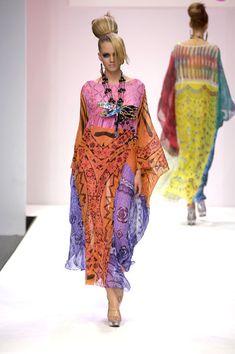 Zandra Rhodes at London Fashion Week Spring 2007 - Runway Photos