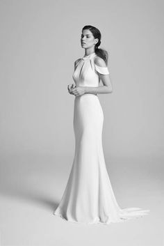 Couture Wedding Dresses and Bridal Gowns by designer Suzanne Neville - Belle Epoque Collection 2018 Rental Wedding Dresses, Designer Wedding Dresses, Bridal Dresses, Dress Rental, Dress Wedding, Wedding Bride, Suzanne Neville Wedding Dresses, Stella Mccartney, Meghan Markle Wedding Dress