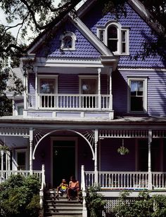 Such a pretty, homey Victorian house in Takoma Park MD. Such an odd periwinkle color which I kind of like!  Nice bits of gingerbread without overdoing it.