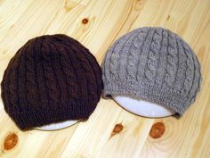 KARDEMUMMAN TALO: Kevyet syyspalmikkopipot Mittens, Headbands, Needlework, Knitted Hats, Knit Crochet, Diy And Crafts, Winter Hats, Knitting, Crocheting