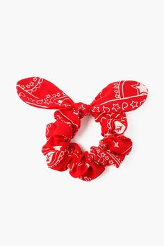 Paisley star print scrunchie made from up-cycled fabric featuring a feminine bow detail. Scrunchies, Red Hair Accessories, Cheryl Blossom, Baby Hair Bows, Bandana Print, Red Aesthetic, Red Fashion, Star Print, Paisley