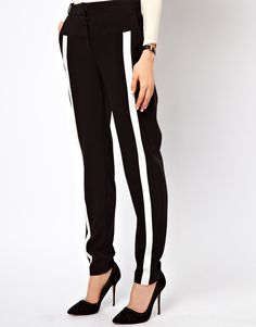 Pantalones monocromáticos de ASOS
