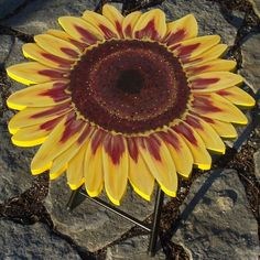 Hand-painted patio tables, Hand-painted patio tables, Sunflower   , Home Decor Project