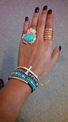 Arm candy :) http://findanswerhere.com/womensfashion