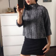 ZARA houndstooth 3/4 sleeve top Black and white houndstooth top, never worn. No defects. No trades. Zara Tops