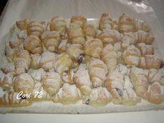 assortimento di minicroissant salati e dolci per buffet http://www.cookaround.com/yabbse1/showthread.php?t=95052