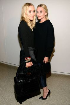 Mary-Kate & Ashley Olsen share their beauty secrets. Mary Kate Ashley, Mary Kate Olsen, Ashley Olsen Style, Olsen Twins Style, Celebrity Siblings, All Black Looks, Wearing All Black, Teen Vogue, Celebrity Style