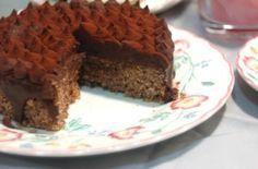 tarta de nueces y garnache de chocolate negro 300x198 Tarta de nueces y Ganache ,sencilla y exquisita.
