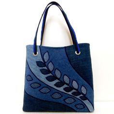 Best 12 Navy Blue Purse for Women Work Tote Bag by BerkshireCollections – SkillOfKing. Denim Handbags, Denim Tote Bags, Denim Purse, Leather Handbags, Leather Bags, Patchwork Bags, Quilted Bag, Handmade Handbags, Handmade Bags