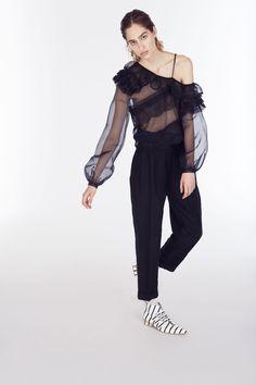 Preen by Thornton Bregazzi Resort 2018 Fashion Show Collection