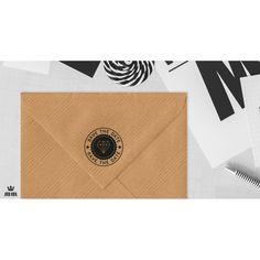 Tampon mariage Save the date Diamant en bois et vintage idéal pour agrémenter votre papeterie et vos enveloppes.
