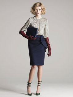 Este outfit es para una mujer IIS(interesante, inteligente y sofisticada)    Carolina Herrera Otoño-Invierno 2012/2013
