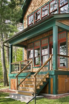 Porch Design, Under Decks, Exterior Colors, Cabin Exterior House Paint Exterior, Exterior House Colors, Exterior Stairs, Style At Home, Small Lake Cabins, Porch Railing Designs, Porch Railings, Porch Designs, Haus Am See