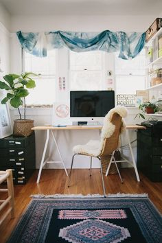 laid-back cool office space with blue tones