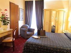 Rome Hotels, Best Hotels, Cheap Hotels, Welcome Decor, Rome Italy, Hotel Deals, Front Desk, Hotel Offers, Europe