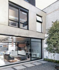 I love modern houses.