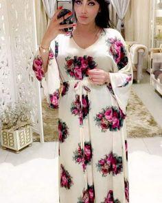 بيجامات Stylish Dress Book, Chic Dress, Stylish Dresses, Traditional Fashion, Traditional Dresses, Elle Fashion, Afghan Dresses, Dress With Cardigan, House Dress
