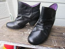 Blowfish Black Leather Slouch Ankle Boot US 6.5 Spanish Heel VERY CUTE