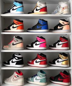 Find images and videos about shoes, nike and sneakers on We Heart It - the app to get lost in what you love. Jordan Shoes Girls, Girls Shoes, Boy Shoes, Cute Sneakers, Shoes Sneakers, Souliers Nike, Zapatillas Nike Jordan, Nike Shoes Air Force, Aesthetic Shoes