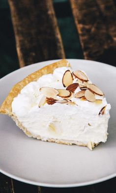 The whipped cream filling doesn't require any cooking—no custard here—while some slices of banana and toasted almond add texture and flavor. A fast, easy-to-make pie from a bygone era that deserves a comeback.
