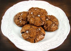 flourless, packed with amino acids, essential fatty acids, antioxidants, B-vitamins, flavanoids, & fiber.  so much more than a cookie!  choc-cookies1blog
